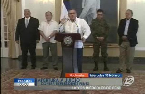 Expresidente Funes enfrenta juicio civil