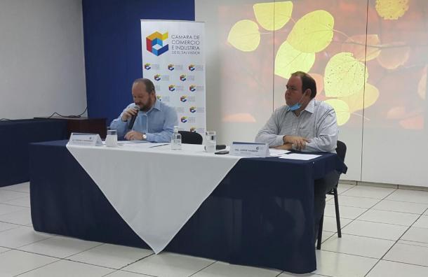 Empresas salvadoreñas enfrentan caída en ventas por pandemia del COVID-19