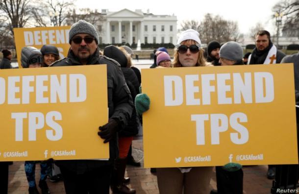 Corte avala que Donald Trump ponga fin al TPS