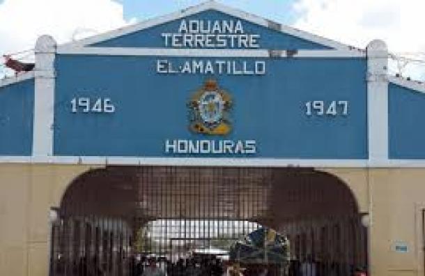 Honduras abre sus fronteras terrestres