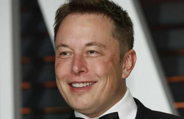 La estafa de miles de dólares que hizo un falso Elon Musk utilizando los tuits de Trump